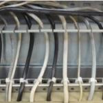 Travesaño Sujecion Cables